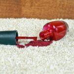 Comment enlever le vernis à ongles de la moquette